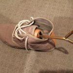 靴サイズが少し合わないときは自分で広げる