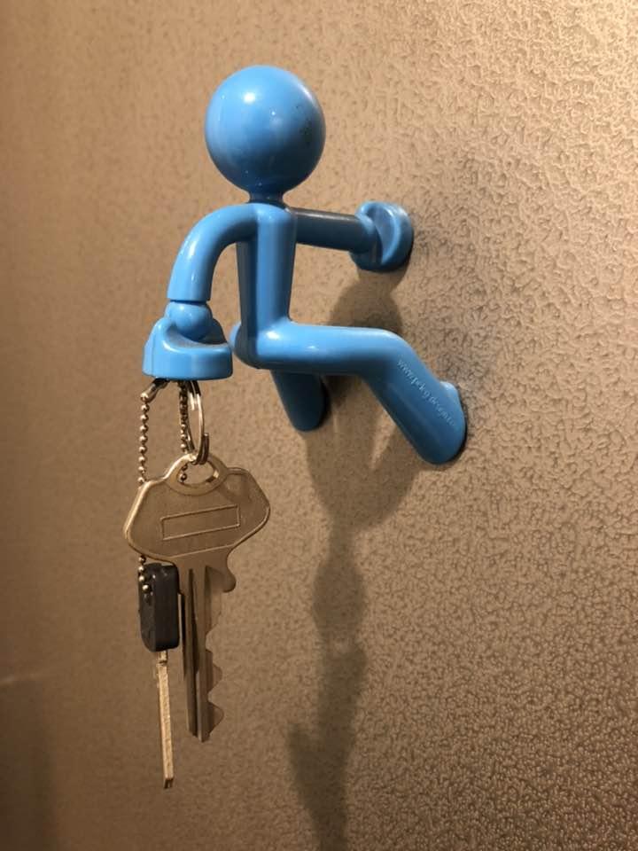 便利スタイル 鍵 どこに置く